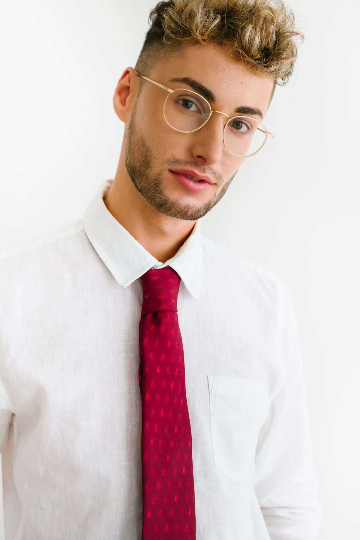 red tie for men