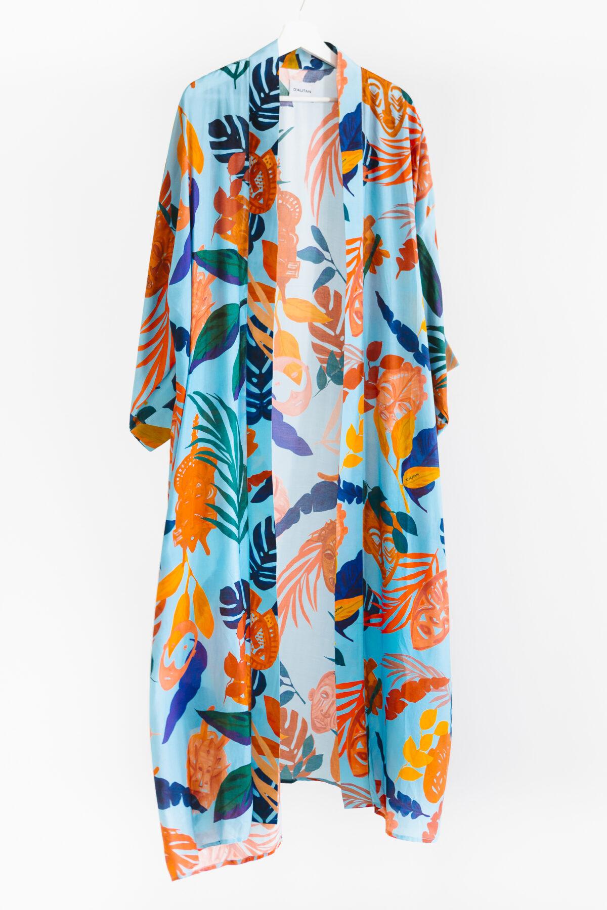 blue and orange kimono
