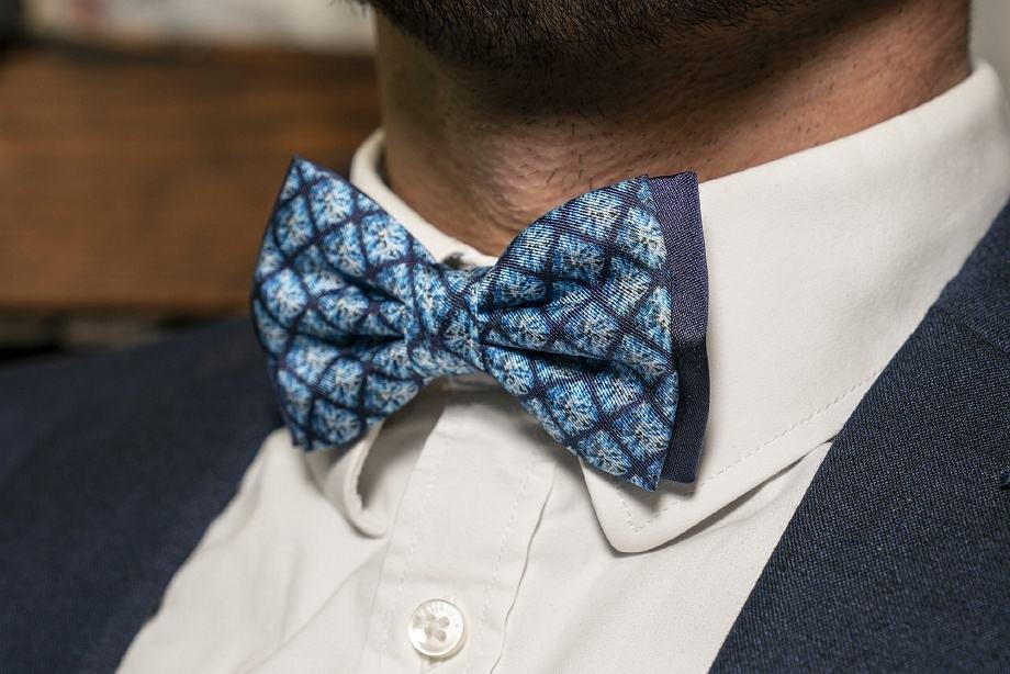 blue bowtie for men