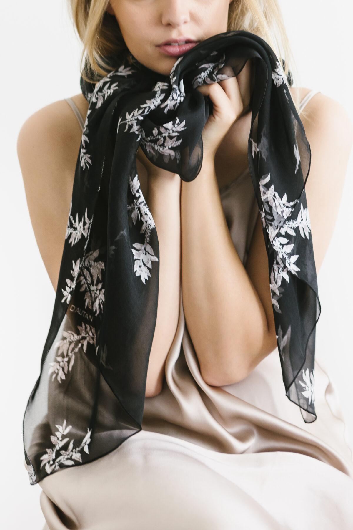 woman wearing the silk chiffon black white coffee