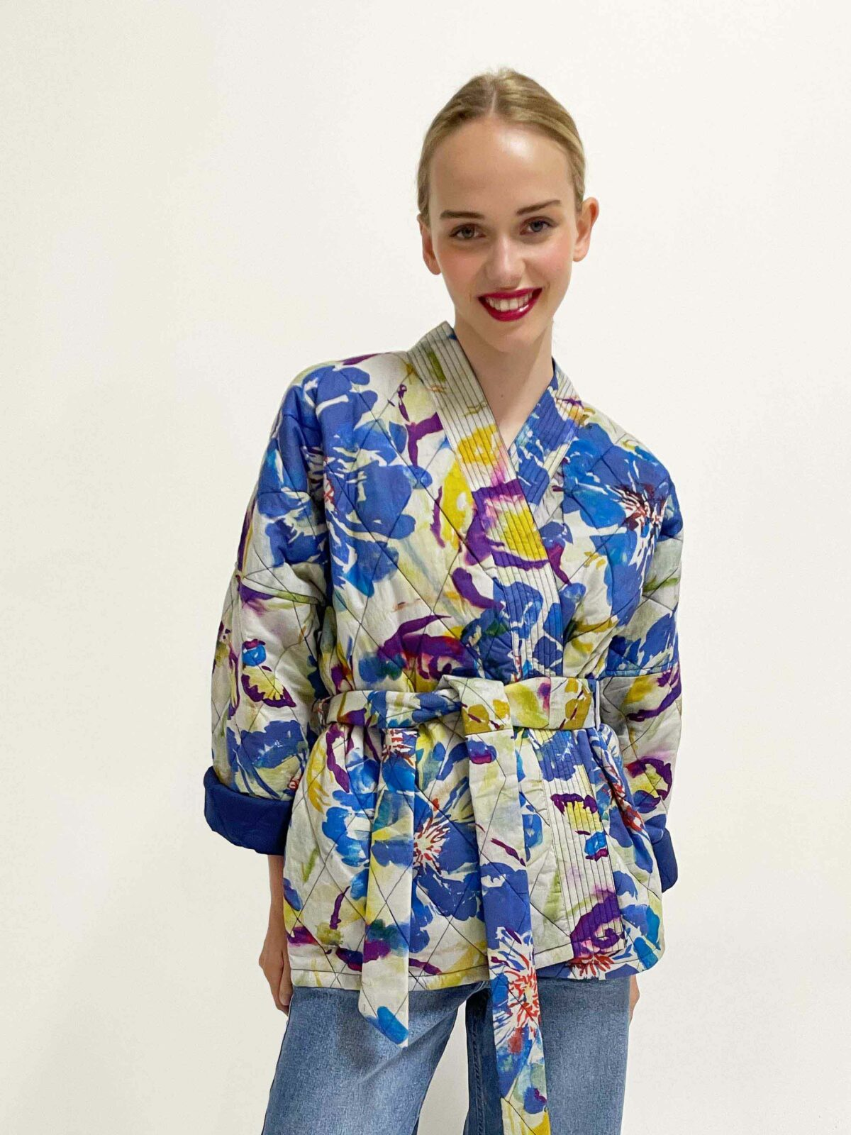 woman wearing Quilted kimono Neva water flower blue