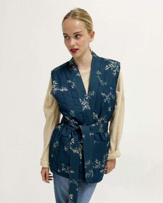 sleeveless jacket lucie blue
